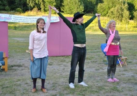 Teaterrecension om Medmänsklighet!