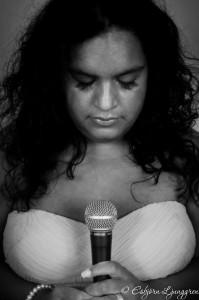 Matilda Oliva till sånglektioner